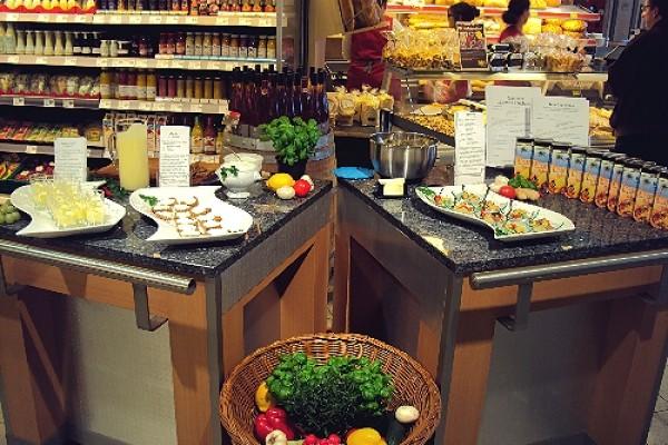 Lebensmittelpräsentation im Supermarkt